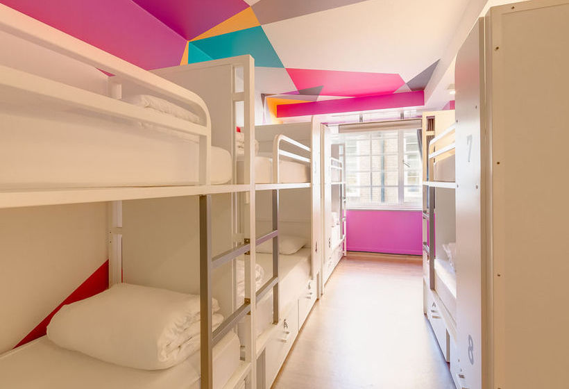 Generator Hostel Londra