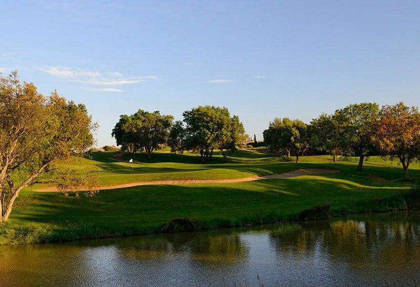Aussenbereich Hotel Peralada Wine Spa & Golf