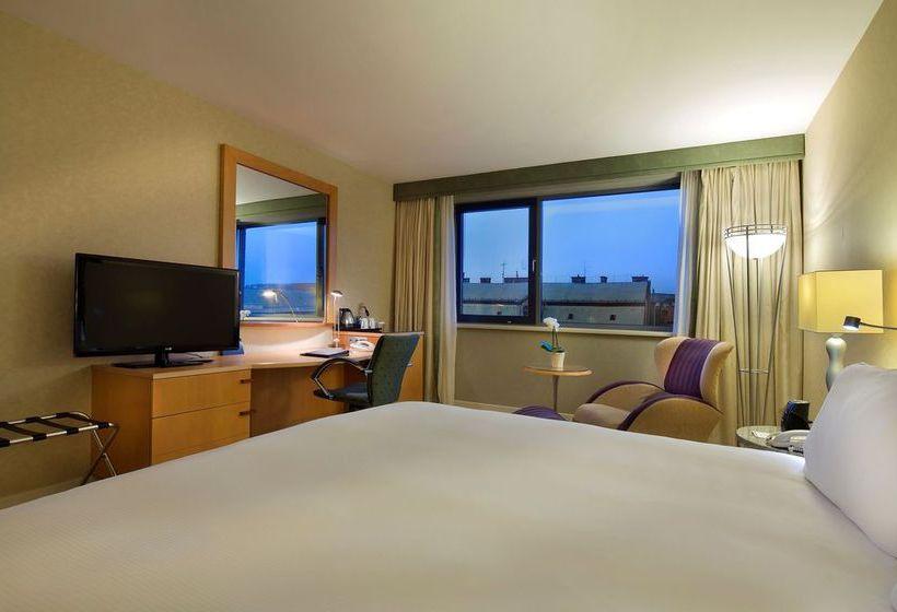 Hilton Budapest WestEnd Hotel