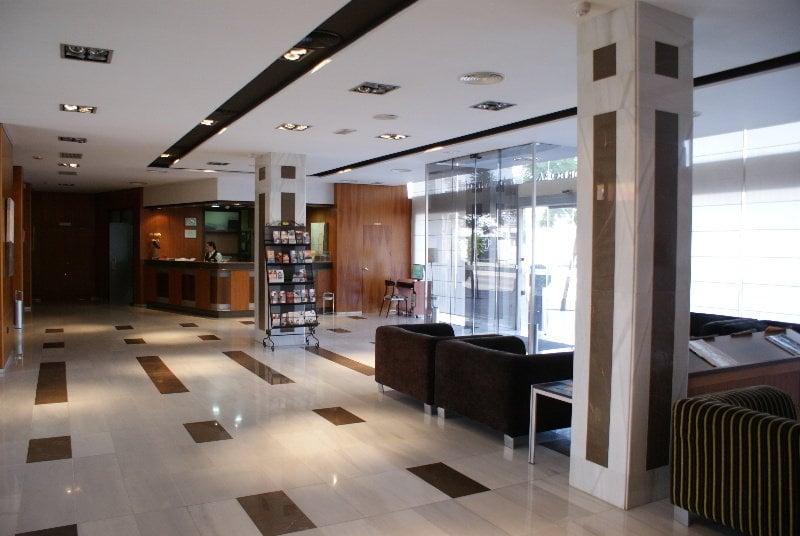 Rezeption Hotel Exe Ciudad de Córdoba Cordoba