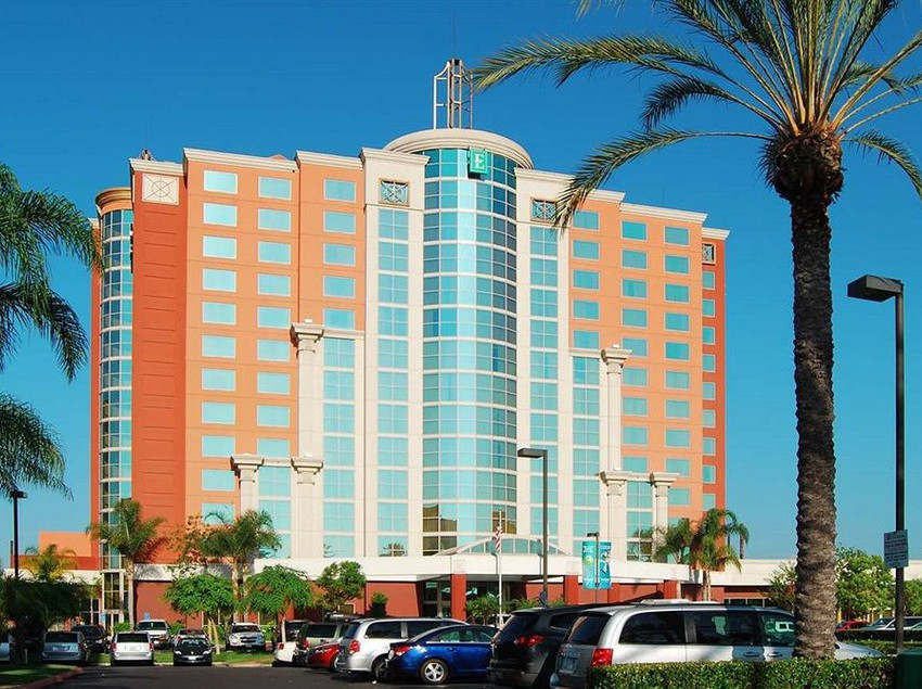Embassy Suites Anaheim Hotel  Harbor Boulevard Garden Grove