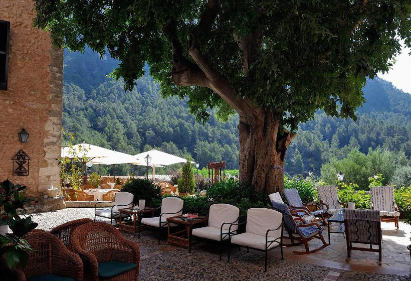 خارجي فندق ريفى S'Olivaret ألارو