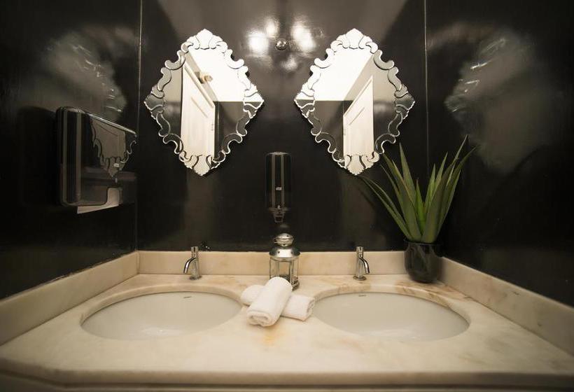 Badezimmer Saboia Estoril Hotel