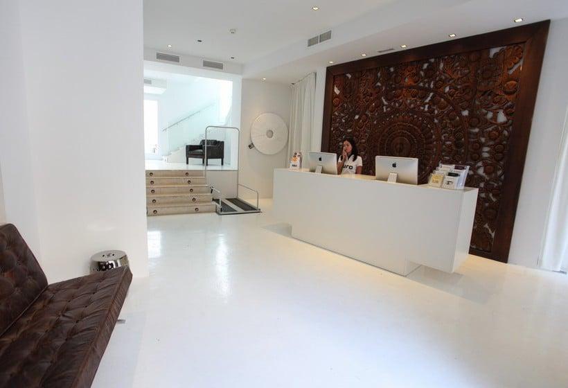 Reception Puro Hotel Palma Palma de Maiorca