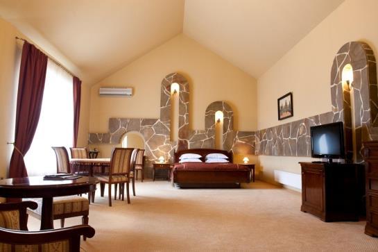 Hotel Prague Donetsk