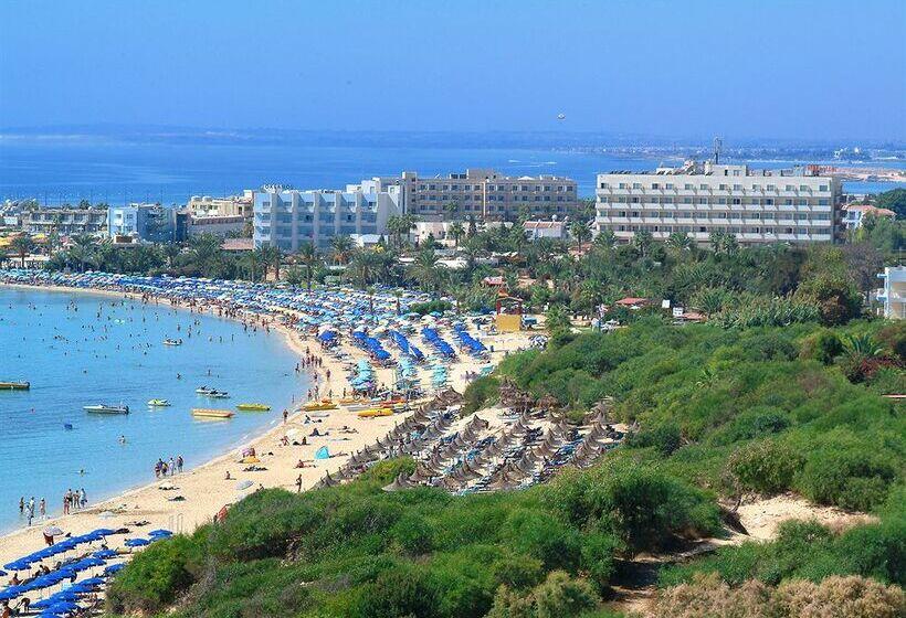 Nelia Beach Hotel Zypern