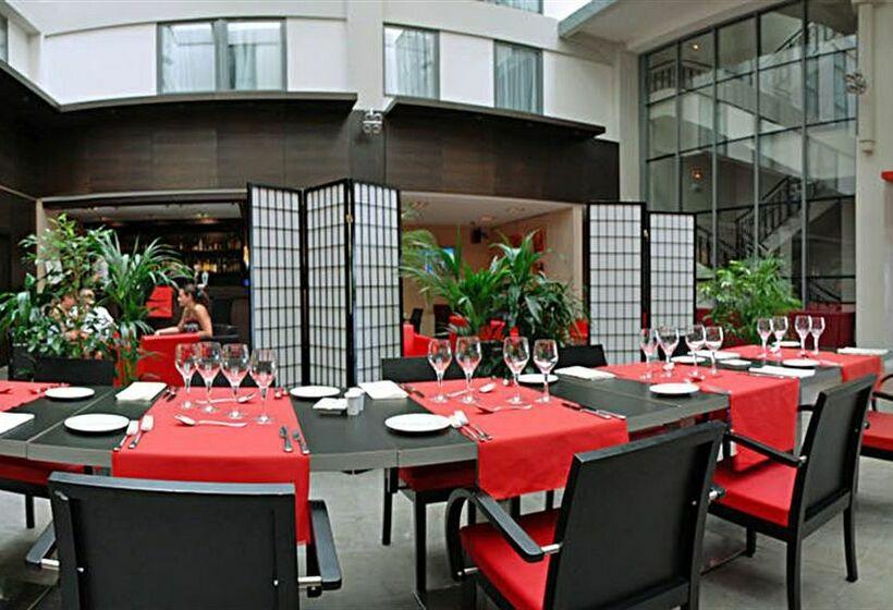ホテル Park & Suites Lyon Part-Dieu リヨン