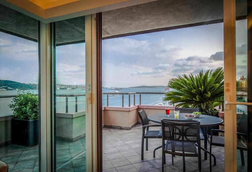 Terrace Hotel Radisson Blu Bosphorus Istanbul