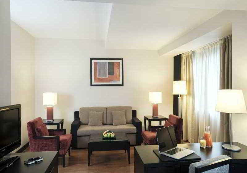 فندق NH Timisoara تيميشوارا