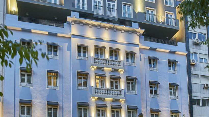 Esterno Hotel Portobay Marques Lisbona