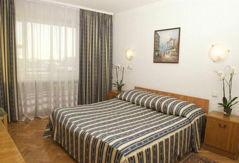 호텔 Slavutich 키예프