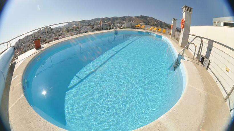 Swimming pool Hotel Bahía Almuñécar Almunyecar