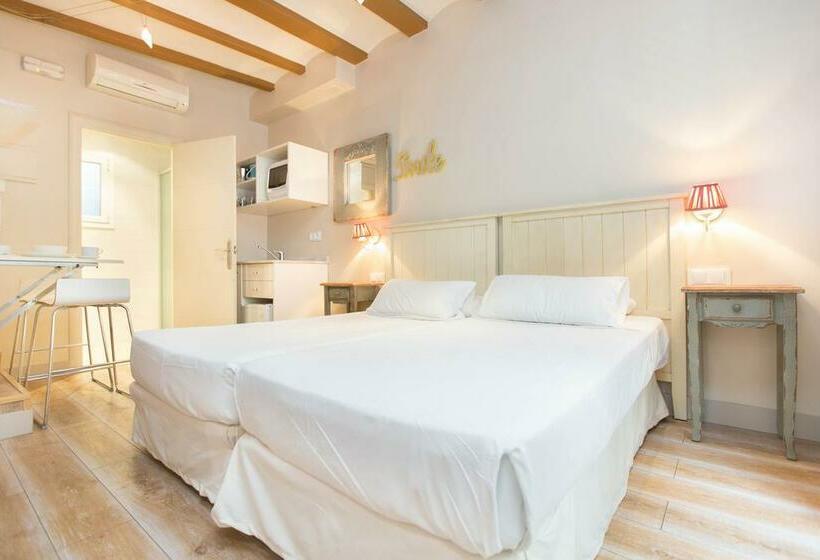 Zimmer Apartamentos AinB Gothic Jaume I Barcelona