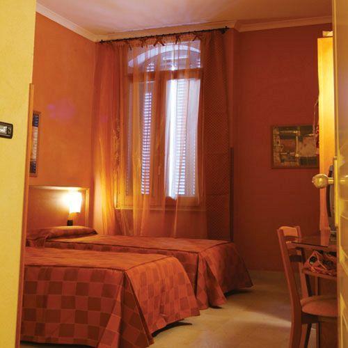 Hotel Eden Nápoles