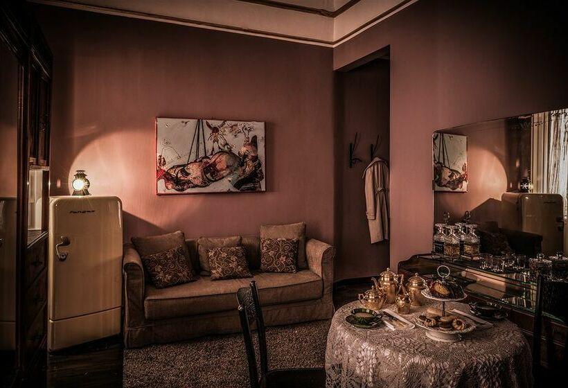 hotel maison boutique miramare en cagliari destinia