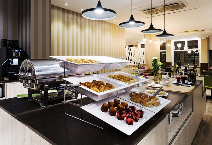 Restaurant B&B Hotel Madrid Airport T1 T2 T3