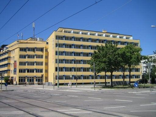 Hotel A&O München Hackerbrücke Monaco di Baviera