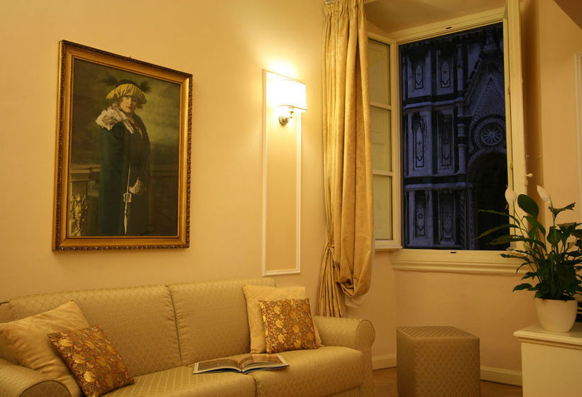 Granduomo Charming Accomodations Florenz