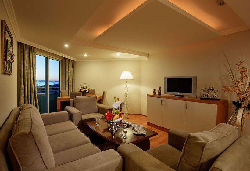Zimmer Hotel Crystal Admiral Resort Suites & Spa Side