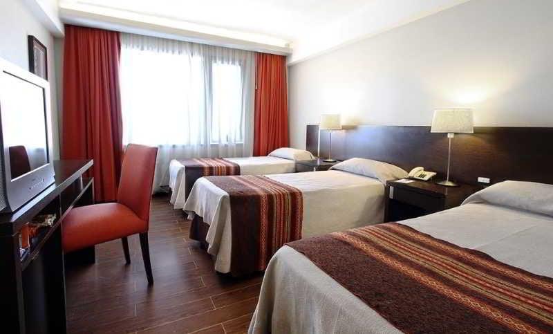 Hotel crans montana en san carlos de bariloche destinia for Hotel familiar montana