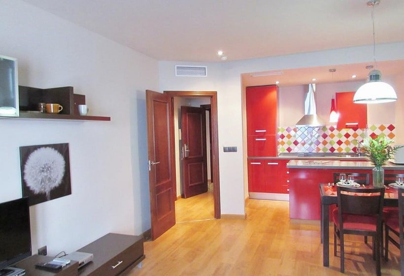 Apartamentos Turísticos Las Nieves Granada