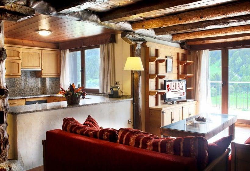 部屋 Apartamentos Els Llacs Bordes d'Envalira