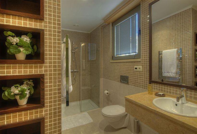 Bathroom Residences at Victoria Clube de Golfe  Vilamoura
