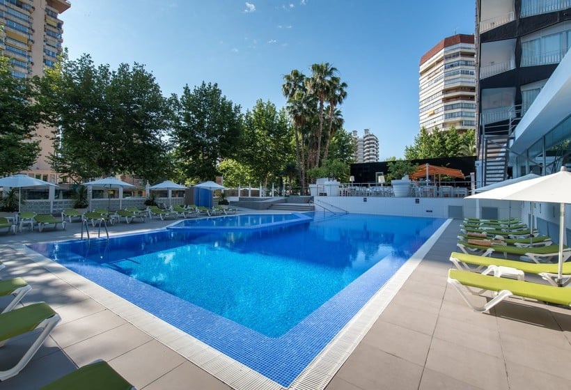 Swimming pool Apartamentos Torre Belroy Benidorm