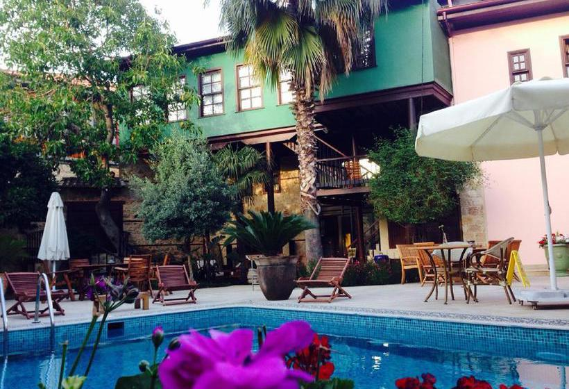 Hotel Kaucuk Antalya