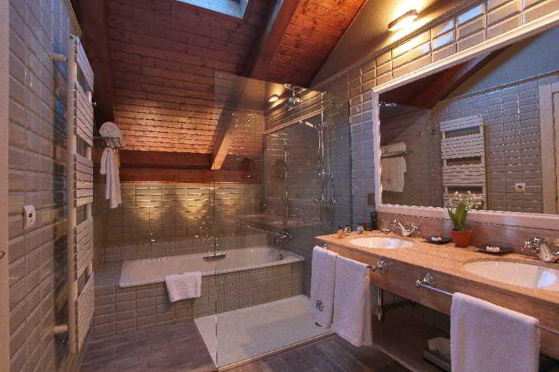 Bathroom Hotel Marques de la Ensenada Valladolid