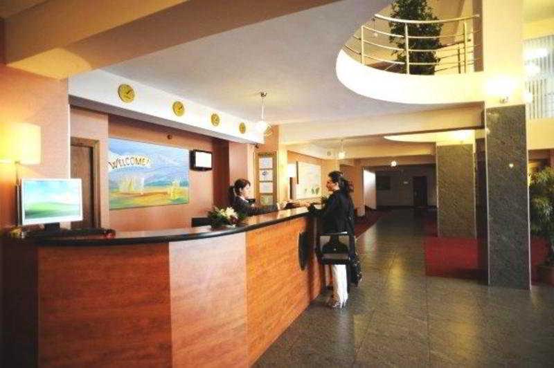 فندق Rin Express أوتوبيني