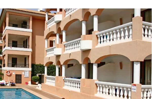 Apartamentos S'Olivera Canyamel