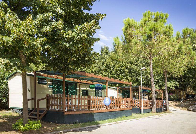 منتجع Family Park I Pini روما