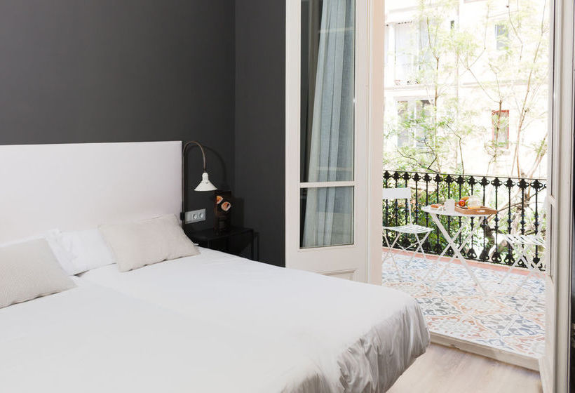 Herberge Hostal Two Pillows Barcelona