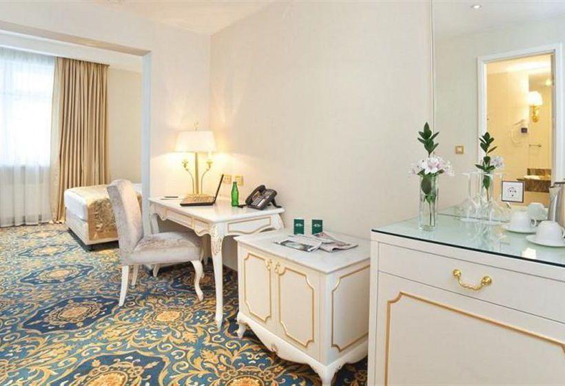 Hotel Melior Greenwood Moscú