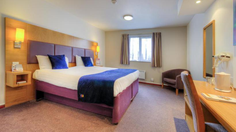 فندق Comfort Inn Manchester North مانشستر
