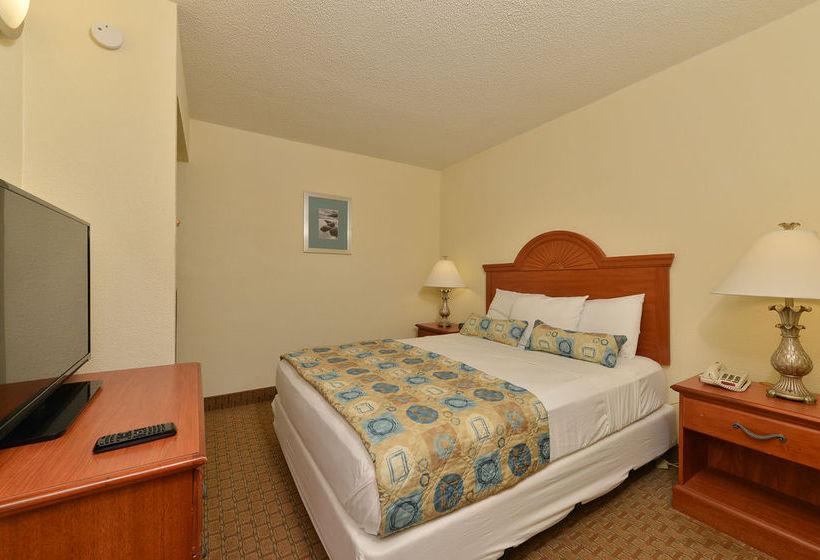 Hotel Ocean Suites Virginia Beach