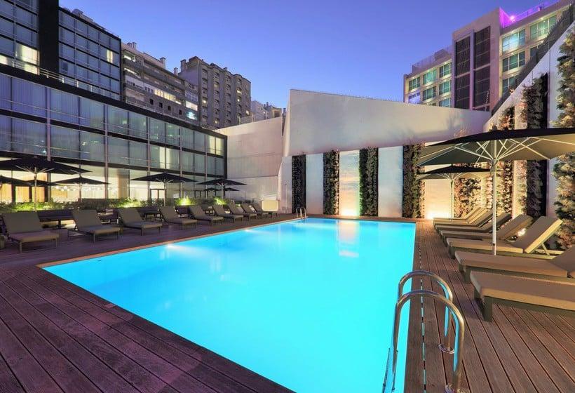 H tel iberostar lisboa lisbonne partir de 40 destinia for Hotel design piscine lisbonne